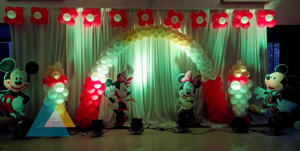 Flowers balloon decoration services a1 decorations for Balloon decoration in noida